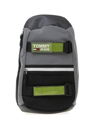 Tommy Hilfiger Postacı Çantası Gri